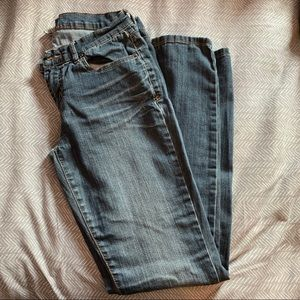 Mudd jeans.
